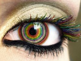 Rainbow Eye. by penguinflavoureddoom