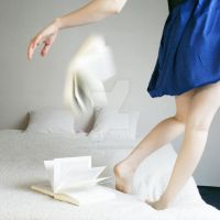 Levitation a la fenetre by amandineropars on deviantart for Fenetre 75x120