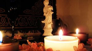 .Candle Magick. by decayedroses