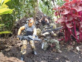 Colonial marines searching perimeter.. by Krulos