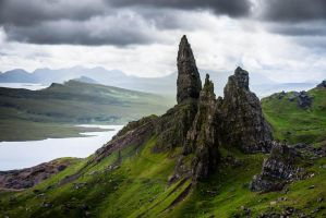 Scotland: Isle of Skye by fadingechoes101