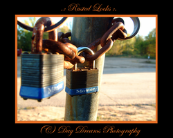 .:Rusted Locks:. by DayDreamsPhotography