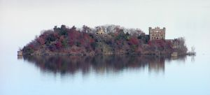 An Island in the Hudson by TheMightyQuinn