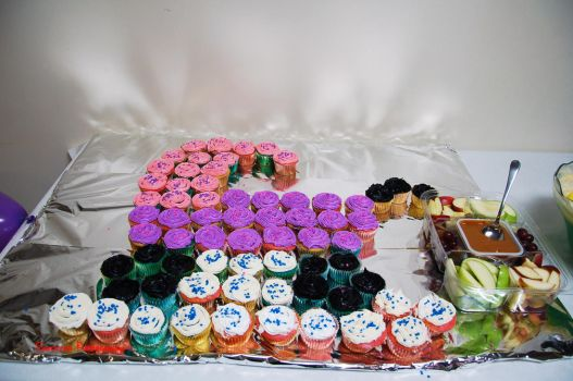 Baby Carriage Cupcakes by Shecktor-Photography