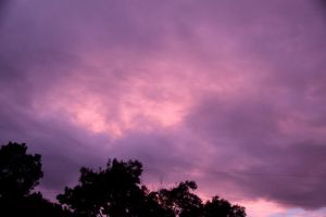 Violet Sky by Dewheart85