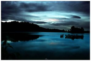 peeping sunrise.. by jfarchaul