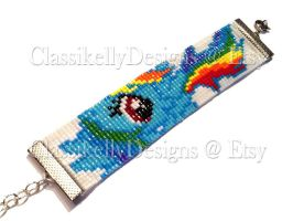 Rainbow Dash Beaded Bracelet by Classikelly