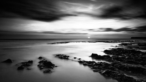 Birling Gap Revisited in Mono by Mohain