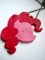pinkie pie necklace by nadiki