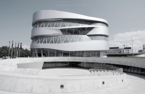 Mercedes Benz Museum by vinxibit
