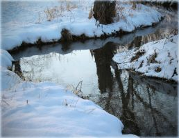 Icy River by oceanicsky