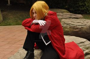 Broken - The Weight on my Shoulders by Cosplay-Pics-Account