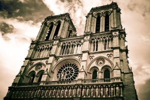 Notre Dame by lordofthestrings86