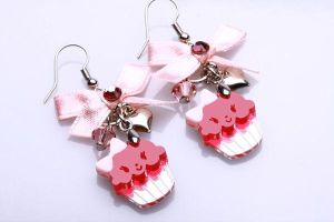 Miss Cupcake Ribbon Earrings by SweetandCo