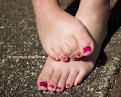 Tia IMG 7186 tagged by FootModeling503