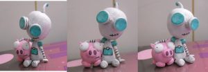 GIR and Piggy Figure by DonutTyphoon