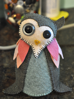 hester the owl by b00ts