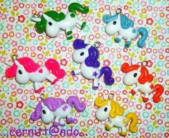 Fimo rainbow unicorns by cernittando