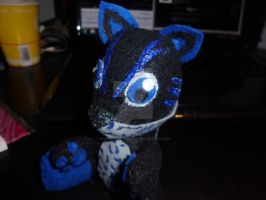 Another commissioned plushie ^.^ by Mandy-Lou-Plushies
