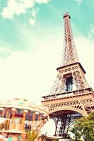 Eiffel Tower by sacadura