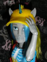 Neighthan with hat 2 by Bj-Lydia