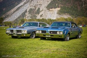 Two 442 by AmericanMuscle