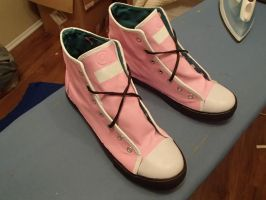 Kairi's shoes by ObsidianWolph