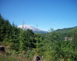 Mount St. Helens by rabbitica