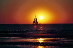 sailing into the night. by Sandysi