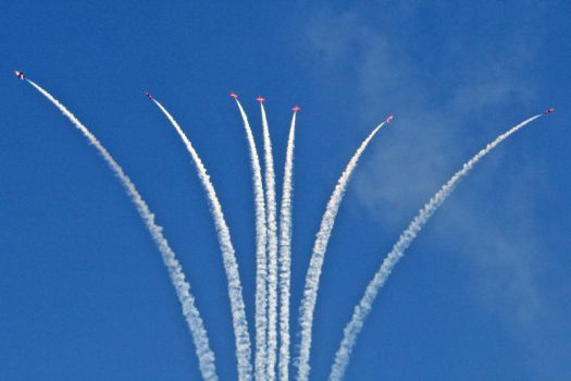 red arrows 5 by psyren-13