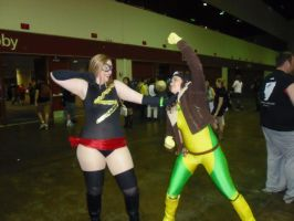 Megacon 2013 Ms Marvel and Rogue by callmelittlewolf