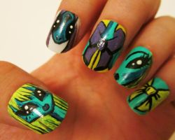 alien nails :) by henzy89