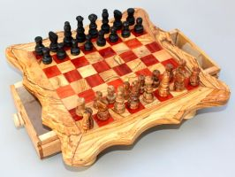 Olive Wood Chess Game - Red Square by TunisiaBazaar