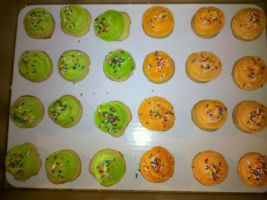 Cupcake Minis Orange and Green frosting by missblissbakery