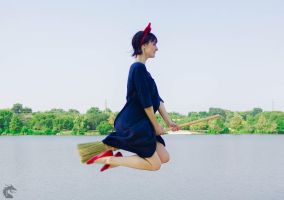 She's Flying! (Kiki's Delivery Service) by woot859
