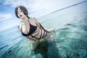 Lulu cooling off in the Ocean by FeldonCosplay
