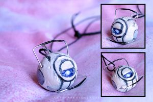 Wheatley necklace by AnyShapeNecklaces