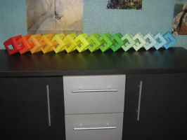 15 Chained rainbow Open Cubes (Modular Origami) by Melsaran