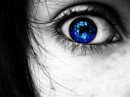 Blue eye by xTinii