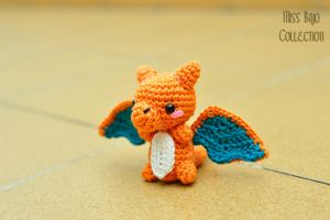 Charizard II by MissBajoCollection