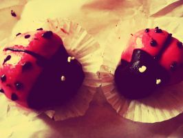 EAT ME by pepytta