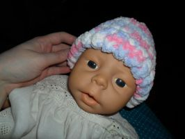 Knitted Baby Hat by kayanah