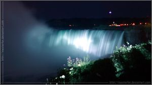 Niagara Falls at Night I by Mesterfer