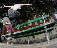 Romain - Front Crook by SnoopDong