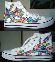 Arrow graffiti shoe things by Keitaboy