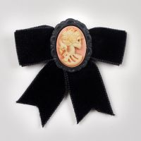 Mademoiselle Skeleton ELG Bow Hairclip by francescadani