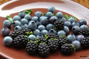 Beads blueberries and blackberries by Nozomi21