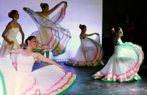 Ballet Mexicano by Zefhar