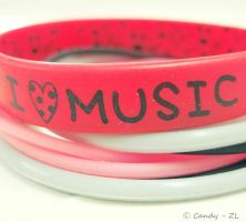 I luv Music by pink0candy