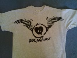 DIY: Rise Against - Paper Wings T-Shirt by ClearGuitar